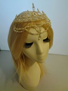 Hey, I found this really awesome Etsy listing at https://www.etsy.com/hk-en/listing/245655555/hc002-handmade-wire-wrapped-tiara-crown