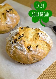 Easy Irish Soda Bread | bakeatmidnite.com | #IrishSodaBreadRecipe #StPatricksDay #IrishSodaBread