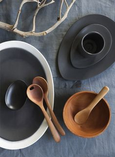 Elegantly simple wood and ceramic kitchenware by Attia Australia