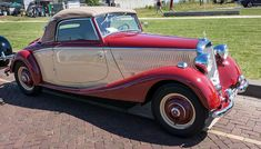 Finding Vintage Cars That Are For Sale - Popular Vintage Vintage Cars, Antique Cars, Automobile, Car Tags, Classic Mercedes, Heavy Machinery, Amazing Cars, Old Cars, Exotic Cars
