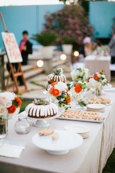 Jess Barfield Photography < www.jessbarfield.com > www.wedsociety.com