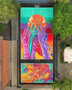 has unveiled new basketball murals located in Brooklyn's Park Slope Playground in New York City. Stencil Street Art, Murals Street Art, Stencil Art, Street Art Graffiti, Mural Art, Street Art News, Best Street Art, Street Artists, Graffiti Images