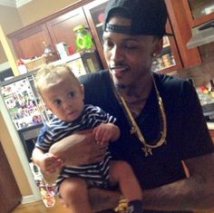 Aug and a little baby ❤️he look so cute with the baby!