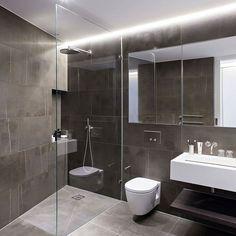 Saint Martins Loft by Darling Associates #homeadore #bathroom #interior #interiors #interiordesign #interiordesigns #residence #home #casa #property #flat #apartment #loft #palmjumeirah #dubai #instagood #iphonesia #london #unitedkingdom #darlingassociates by homeadore