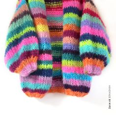 Chunky Mohair cardigan Rainbow half-long - M Y P Z Mohair Cardigan, Mohair Yarn, Chunky Cardigan, Poncho, Knitting Designs, Knitting Patterns, Rainbow Cardigan, Knitwear Fashion, Free Knitting