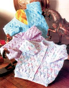 Baby Knitting Patterns Jumper Littlewoods Knitting Patterns for Baby Free Knitting Patterns Uk, Baby Cardigan Knitting Pattern Free, Baby Sweater Patterns, Knitted Baby Cardigan, Knit Baby Sweaters, Knitted Baby Clothes, Gilet Crochet, Crochet Baby, Creations