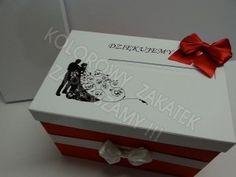 Pudełka na koperty, czerwono- białe