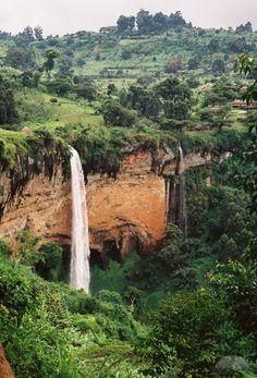 Wonderful Uganda http://www.travelandtransitions.com/destinations/destination-advice/africa/