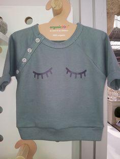too cute @Adriana Martínez Juarez vos podrias sacar tu propia linea de ropa no? mira q lindo!
