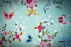 I am smitten with Pip Studio! I'd love to have this on one or two walls of my bathroom one day!