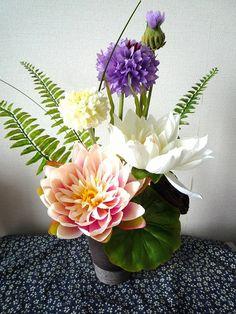 お正月Sale!仏花 お盆の花 シックな和花器 アートフラワー♪