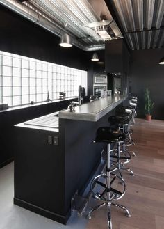 Interior design, decoration, loft, kitchen, cuisine bar en etain et beton-cire
