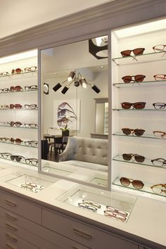 eye glass store layouts - Google Search Boite A Lunette, Opticien,  Agencement Magasin, 6704166438e3