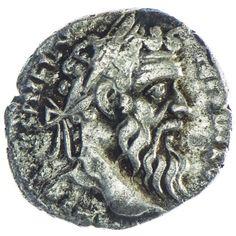 Pertinax 193, Av: (IMP CAES P HELV PERTIN AVG) belorbeerter Kopf nach rechts, Rv: PROVID DEOR COS II Providentia steht l., die Hände zu einem Stern erhoben Silber