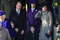 Prince William, Prince George, Princess Charlotte and Catherine stand with Princess Anne and the Duchess of Cornwall Timothy Laurence, Lady Louise Windsor, Prince Georges, Meghan Markle, St Mary Magdalene Church, Prince Harry, Herzogin Von Cambridge, Kate Middleton Prince William, Royals