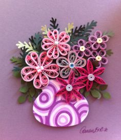 Quilling. Purple vase with flowers. By Canan Ersöz.