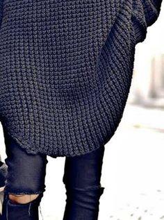 Oversized knit / ripped skinny