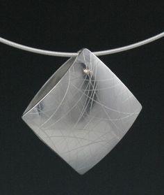 Zen argento ciondolo reversibile Percorso di di annewalkerjewelry