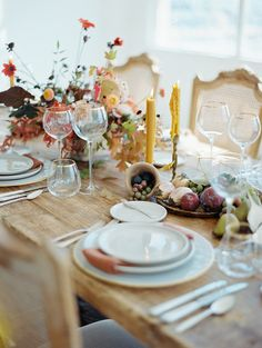 A fall wedding table