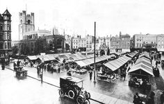 The first cars started to appear at the turn of the century in 1905 Cambridge Market, Cambridge England, Honeymoon Night, Yesterday And Today, Holiday Travel, Over The Years, Old Photos, Past, Marketing