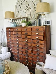 It's never too cool to bring classroom style into your home. Whether it's industrial-style fixtures and school lockers or vintage maps and globes, schoolhouse home decor brings back the nostalgia of younger years./