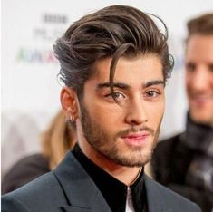 2020 Mens Hairstyles: 16 New Year Hair Styles For Men To Pick # Hairstyles men 2020 Men's Hairstyles: 16 New Year Hair Styles For Men To Pick Cabelo Zayn Malik, Zayn Malik Hairstyle, Hair And Beard Styles, Curly Hair Styles, Natural Hair Styles, Mens Long Hair Styles, Hairstyles Haircuts, Haircuts For Men, Barber Hairstyles