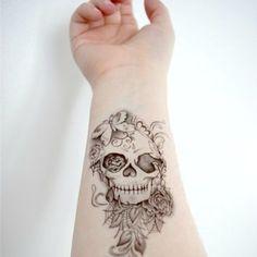 Tatuajes de calavera para mujeres que no le temen a la elegancia - Diseño