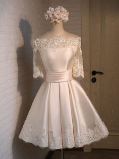 Ball Gown Off-the-shoulder Satin Short/Mini Appliques Lace Sleeve New Bridesmaid Dresses Vintage Homecoming Dresses, Two Piece Homecoming Dress, Cheap Bridesmaid Dresses, Spring Formal Dresses, Mini Dress Formal, Ball Gowns Prom, Party Gowns, Prom Dresses Online, Dresses For Teens