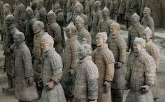 Arqueólogos chineses desenterraram o palácio do primeiro Imperador feudal da China, mais conhecido pelo exército de guerreiros de terracota que guardam o seu túmulo.