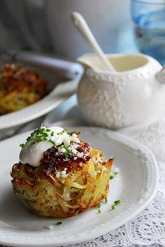 Eliáš Kristovho Kuchyňa: Zemiaky Hungarian Recipes, Hungarian Food, Eastern European Recipes, Muffin, Cabbage, Potatoes, Vegetables, Eat, Travelling