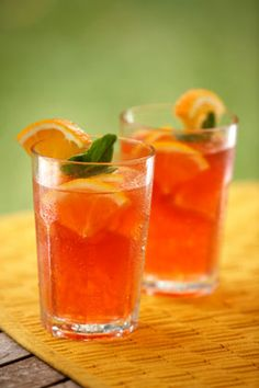 If you're craving flavor, Red bush - or Rooibos in Afrikaans - comes in vanilla, orange, peach and even red bush chai. Get my delicious recipe for red bush iced tea. Fun Drinks, Yummy Drinks, Beverages, Mango Drinks, Colorful Drinks, Brunch Drinks, Party Drinks, Cold Drinks, Holiday Punch