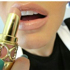Recreate a subtle and classy lip virtually on your own photo! http://itunes.apple.com/us/app/makeup/id314603460?mt=8