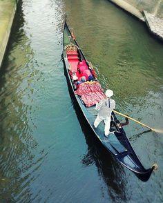Canoeing in Prague #prague #czechrepublic #river #vltava #canoe #canoeing