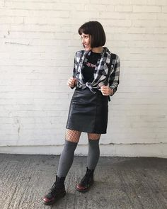 Style Inspiration by Find Your Style With Leather Skirt, Your Style, Finding Yourself, Style Inspiration, Skirts, Instagram, Fashion, Moda, Skirt