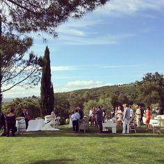 """@tuscandream1's photo: """"#country #chic #vineyardwedding #wedding #tuscany #maremma #tuscandream #outdoor #celebration #carolinaplanner @Michela Bandini"""""""