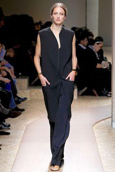 Céline Spring 2011 Ready-to-Wear Fashion Show - Karmen Pedaru (IMG)