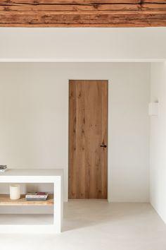 Interior design project at Alaró village, Mallorca Interior Architecture, Interior And Exterior, Brunswick House, Minimal Home, Interior Decorating, Interior Design, Tiny Spaces, Menorca, Minimalist Design