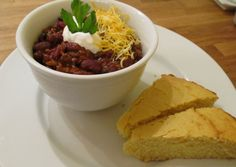 Chili Con Carne was one of my favorite foods as a child and I've been working on making the perfect chili con carne recipe for the last thirty years. In case you don't know Chili Con Carne means chili with meat. World's Best Chili, Hot Dog Chili, Great Chili Recipes, Best Chili Recipe, Diabetic Recipes, Meat Recipes, Healthy Recipes, Healthy Food, World's Best Food