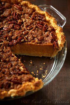 Pumpkin Pie with Pecan Streusel Topping – plus, the secret to making the perfect pumpkin pie!  #Fall #Thanksgiving #pumpkin_desserts