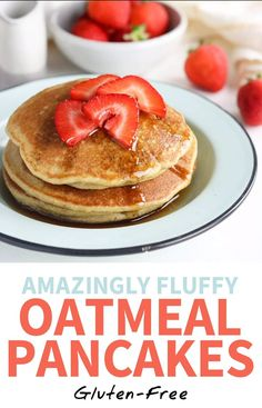 Oatmeal Pancakes are AMAZINGLY fluffy, and are so quick to make! All you need is 5 minutes and a blender. These healthy pancakes are gluten-free and naturally sweetened with maple syrup, and are the perfect recipe for a weekend breakfast or brunch. Healthy Breakfast Recipes, Brunch Recipes, Dessert Recipes, Healthy Recipes, Healthy Pancake Recipe, Healthy Drinks, Pancake Recipes, Healthy Breakfasts, Healthy Things To Eat
