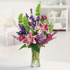 Flower Arrangements Centerpieces | interested in seeing the latest in floral design products for