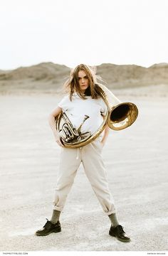 Strong Portrait Shoot in the Dessert | Photograph by Ben Sasso | http://www.theprettyblog.com/style/ben-sasso-landscapes/