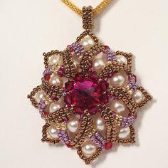 Beadwoven pendant with Swarovski crystal. beaded. by Renarta