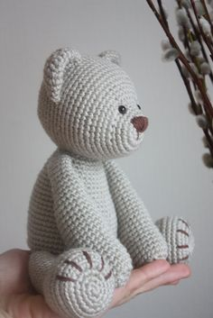 Teddy Bear crochet pattern (not done crocheting for decades ; ) but this cute little Teddy really makes me want to try it again...)
