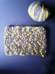 Un cuello de lana con medio punto de ganchillo