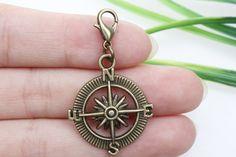 Own Charm ~--Antique Bronze compass Charms pendants 30x25mm