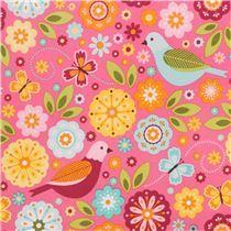 Tissu laminé rose avec des fleurs, des oiseaux, des papillons, par Riley Blake