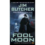 I'm still looking for a series staring a woman that's as entertaining as The Dresden Files series.