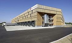 "Schachinger logistics built a 10.000 m2 ""passivhaus""-logistics centre with wood."