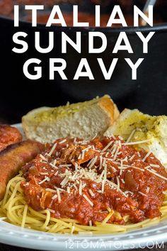 Italian Sunday Gravy's Italian Spaghetti Sauce, Italian Meat Sauce, Italian Meats, Italian Dishes, Italian Recipes, Beef Dishes, Pasta Dishes, Food Dishes, Main Dishes